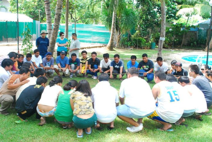 Team Building Games Activities And Ideas Helium Ring Cebu Team Building Services